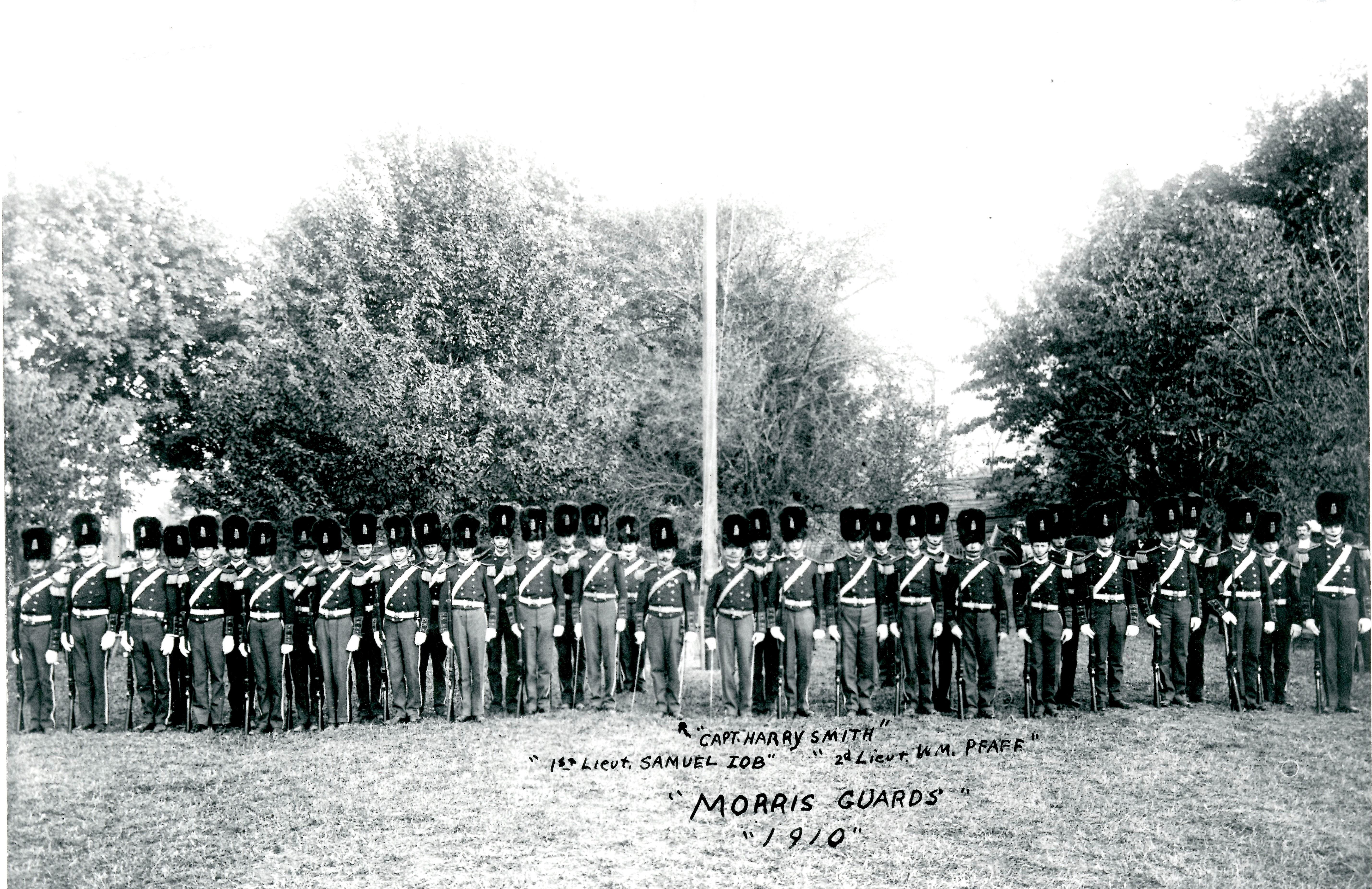 Morris-Guards-1910